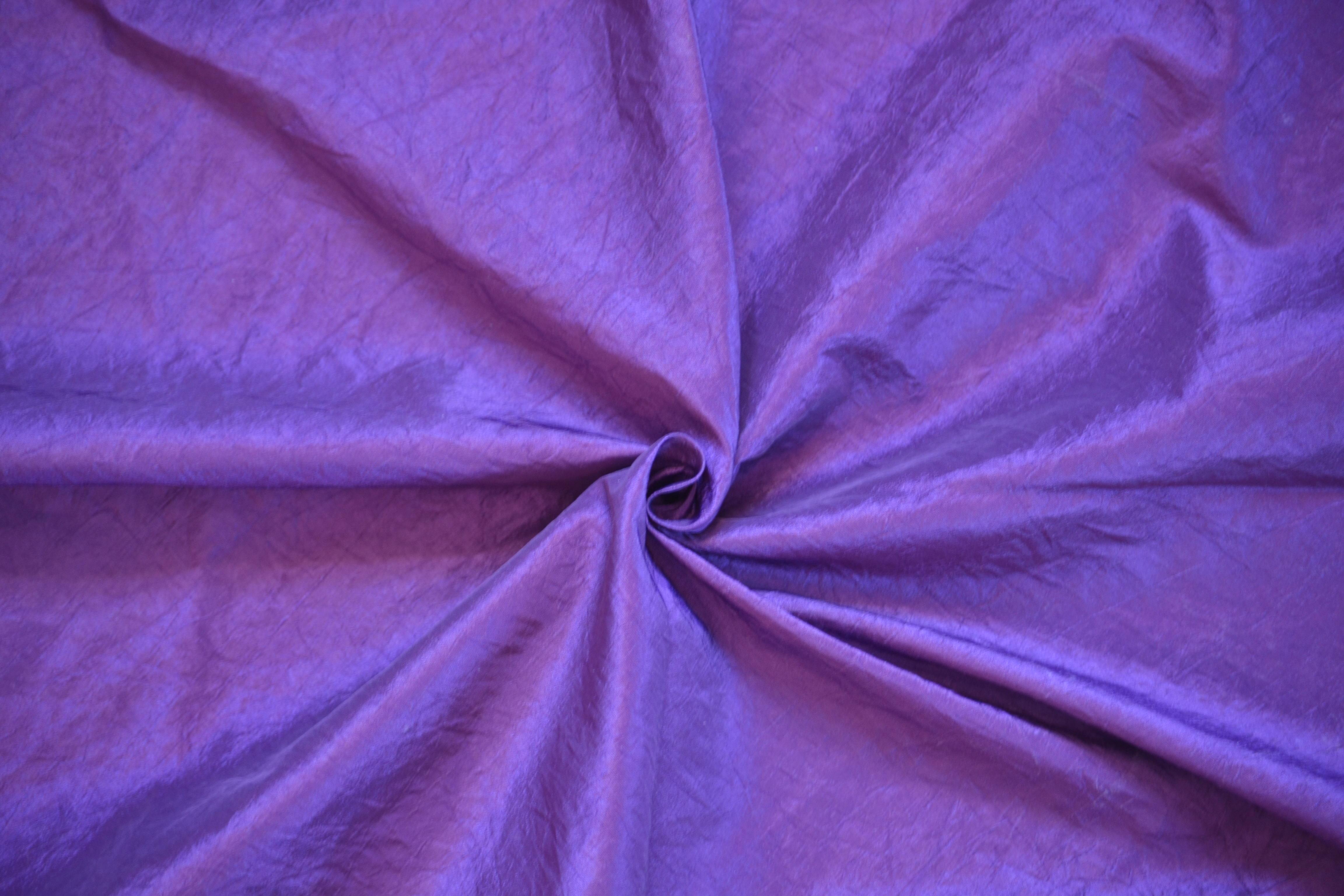 Tafta violet